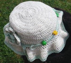 chapeau-blanc-haut
