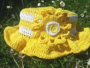 chapeau-jaune1